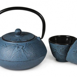 Chinese Cast Iron Designer Large Hand Made Blue Tea Pot(600ml) & Steel Infuser with Two Matching Cups(50ml each), Gift