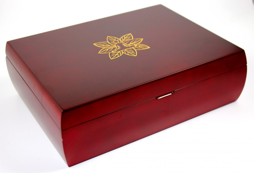 Indianteacompany ITC Mahogany Finish Tea Chest Box, 12 Compartment, Blue Velvet inside, comes with 100 Twinings teas. Caddy